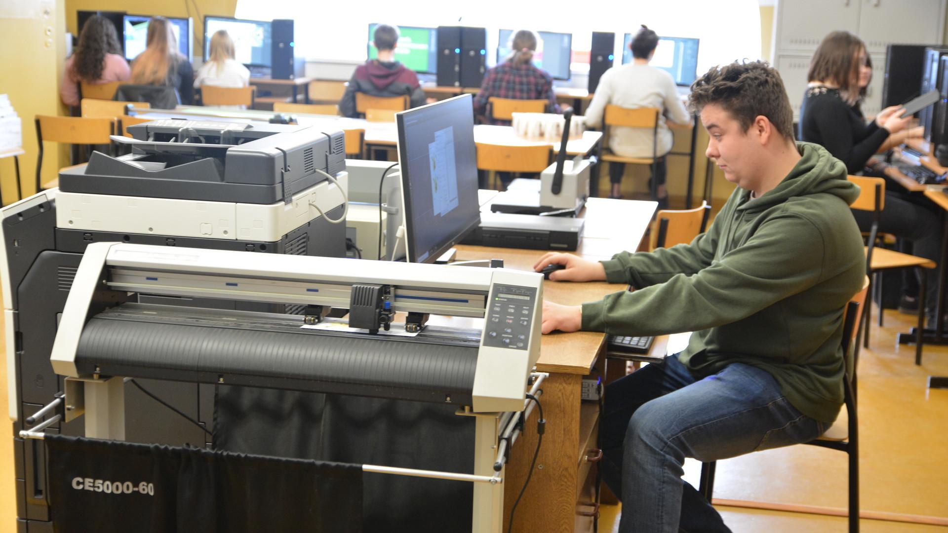 Technik grafiki i poligrafii cyfrowej | Technikum Nr 1 w Zamościu